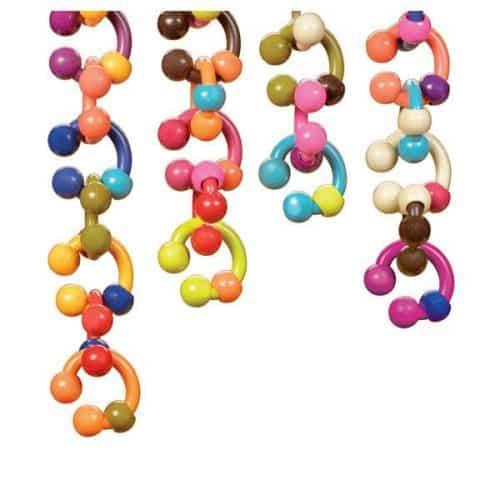B. toys Hug Links
